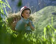 Eisacktaler Brauchtum wiederbelebt: Feldthurner Bergwoche im August