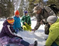 Winterspezial für Familien: Naturdetektive im Schnee